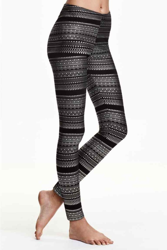 Un paio di leggins a tema invernale, questi sono di H&M.