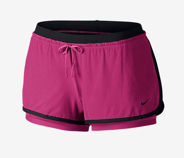 Gli short Nike Full Flex 2-in-1 sono tecnici e glamour (35 euro)