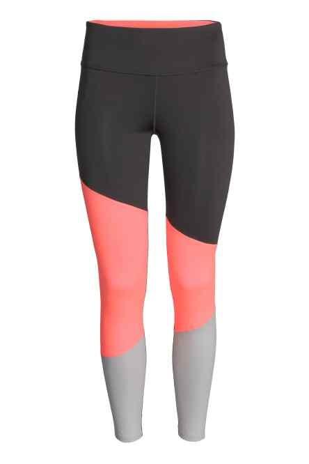 H&M leggings con inserti colorati (19,99 euro)
