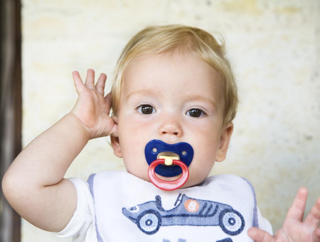 Strategie per aiutare il bambino ad abbandonare il ciuccio: tanta pazienza e un pizzico di fantasia.