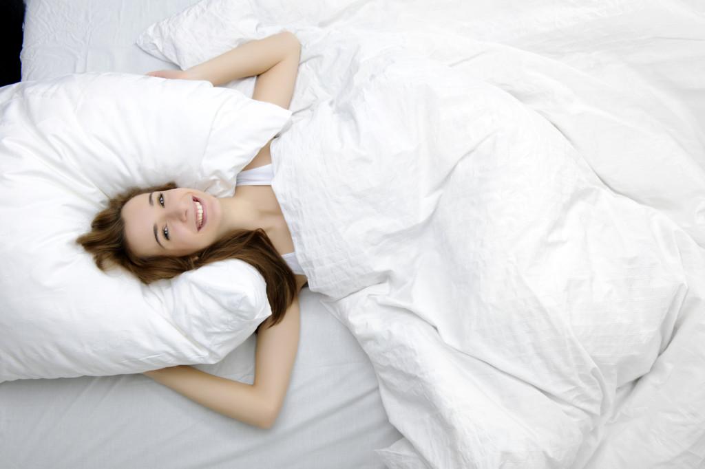 Un sonno riposante dipende anche dalla comodità del cuscino. Mai pensato di passare a un cuscino