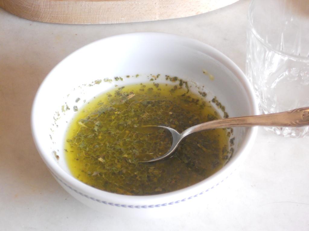 Involtini di Tonno affumicato con caprino e salsa agrumata