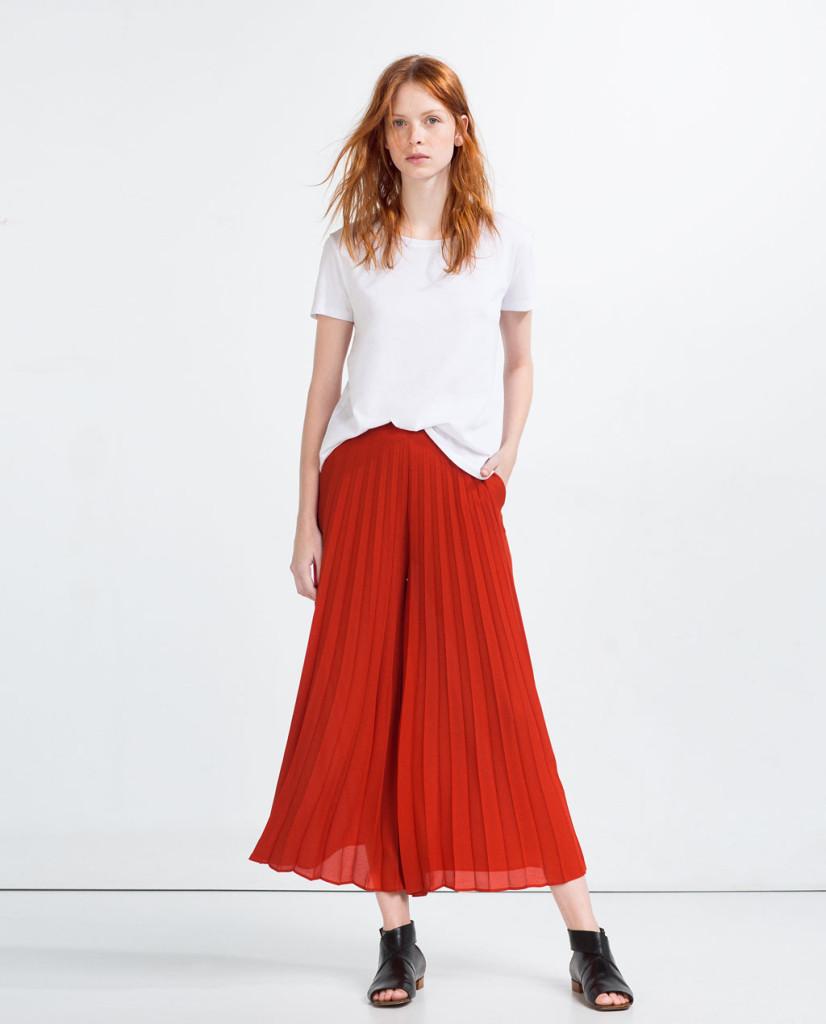 Casual e chic: culotte plissè sul davanti, Zara