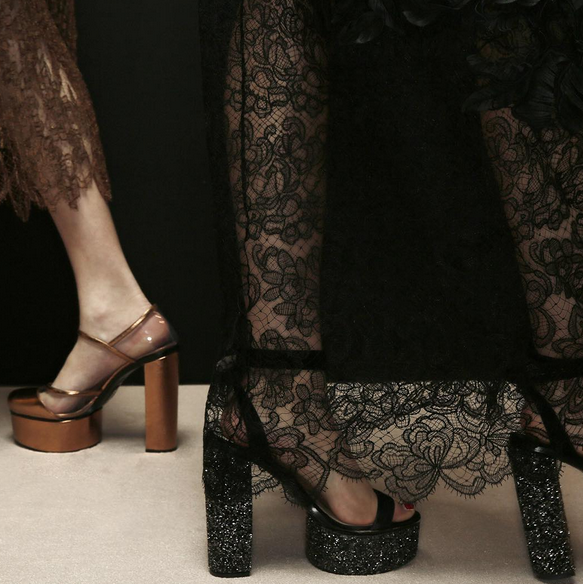 Ermanno Scervino sandali con tacco glitter