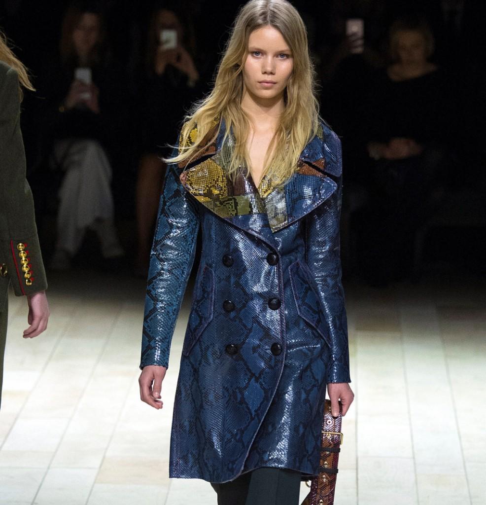 Burberry giacca doppiopetto in pitone