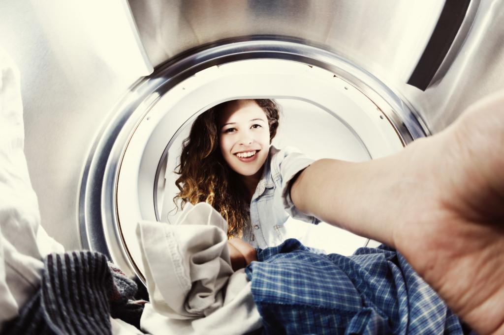 Una guida pratica alla pulizia del filtro della lavatrice.