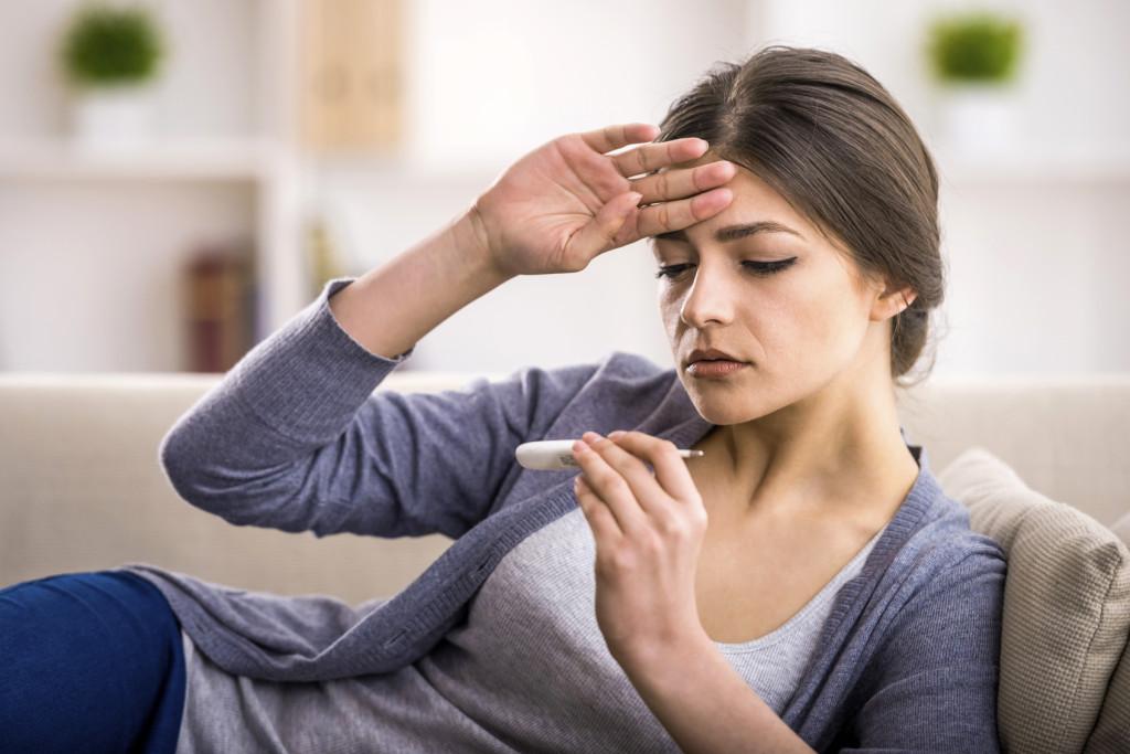 La neutropenia febbrile è un effetto collaterale della chemioterapia: ecco come riconoscerla e combatterla.