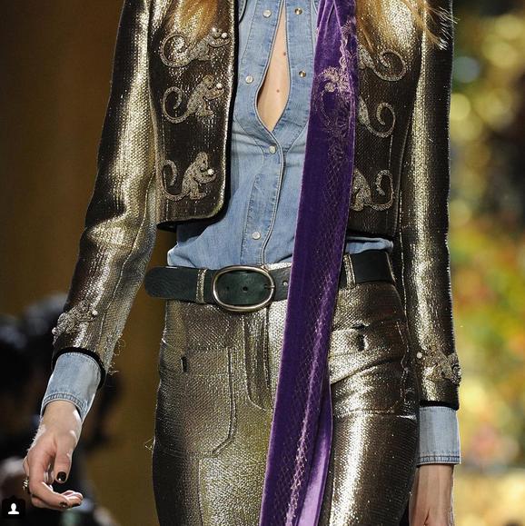 Roberto Cavalli pantaloni e giacca gold e sciarpa