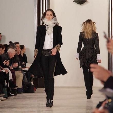 Ralph Lauren pantalone e coat lungo con decori e camicia con volants