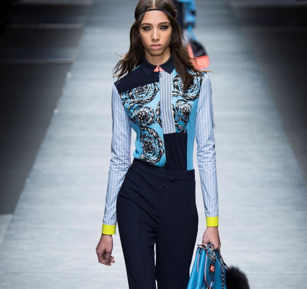 Versace pantaloni slim fit con camicia