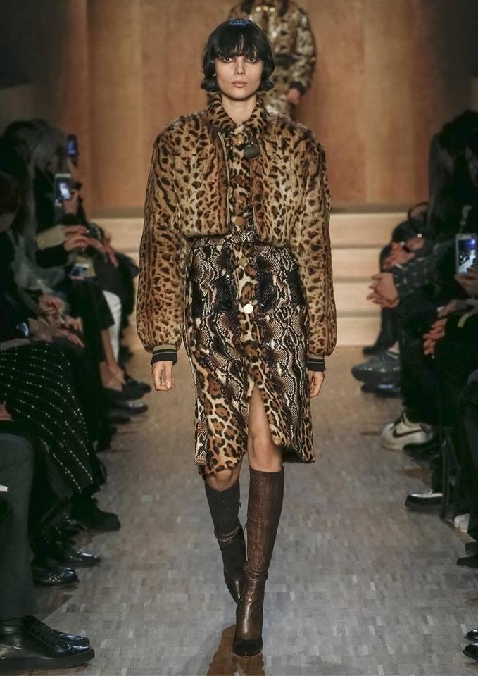 L'animalier è uno dei temi forti di Givenchy FW 2016-2017. Photo credits: Givenchy on Facebook