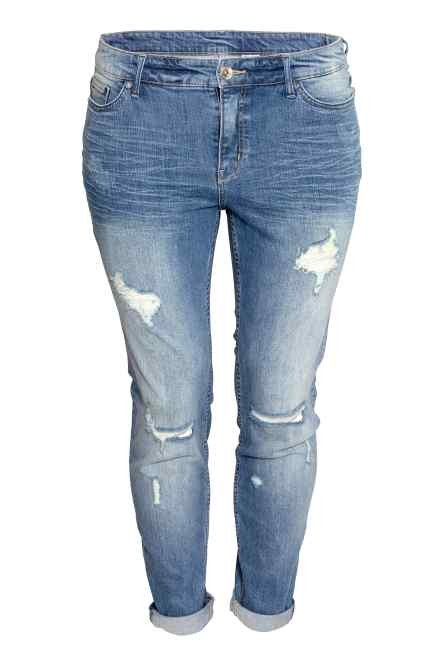 H&M jeans girlfriend used effect (39,99 euro).