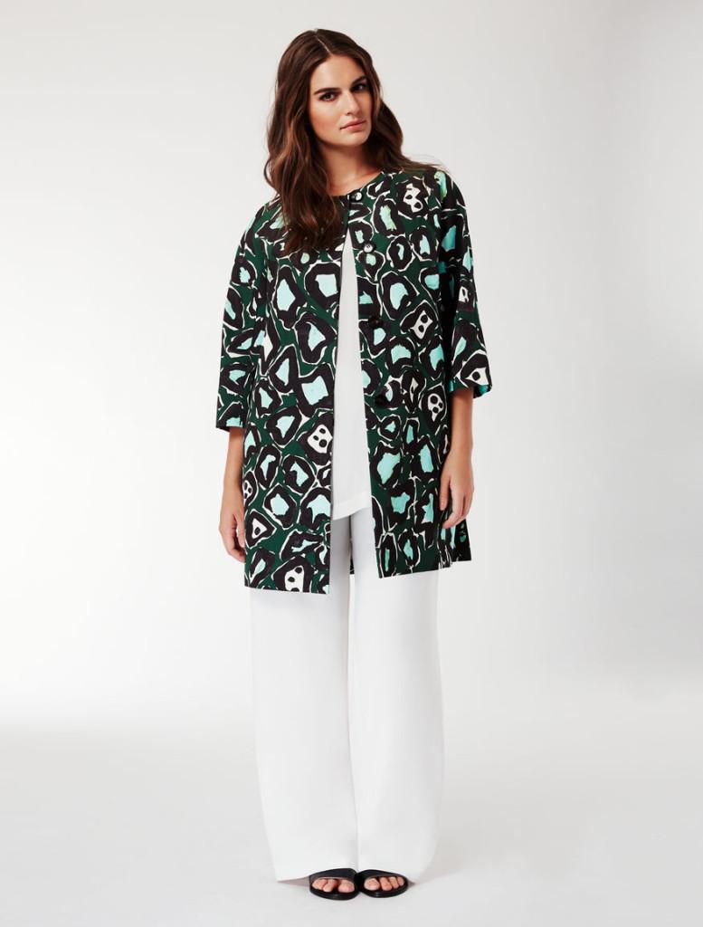 Marina Rinaldi giacca in faille stampato (450 euro).