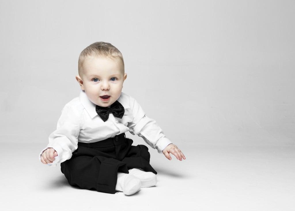 Idee per vestire il tuo bebè il giorno del battesimo