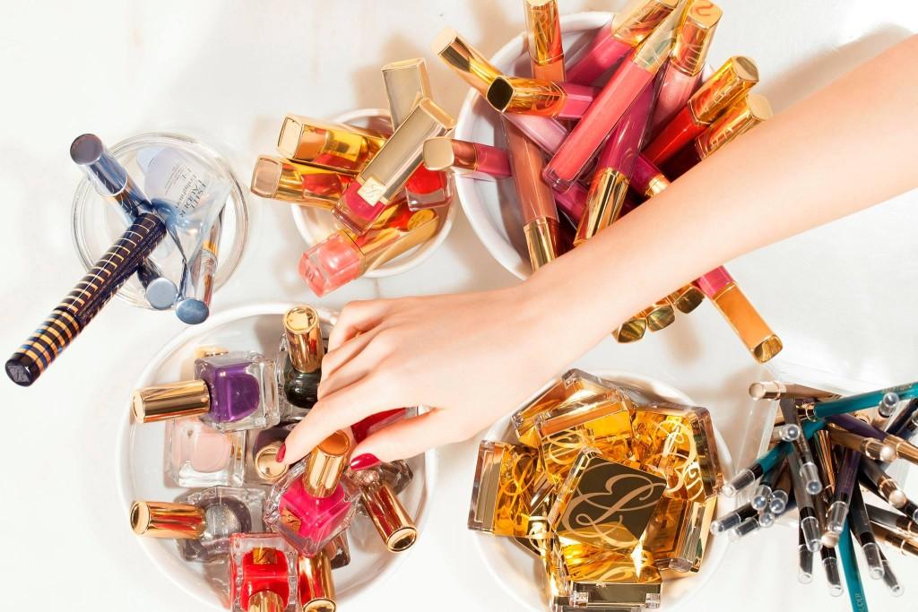 Make up on line: i 10 migliori siti - crediti foto Estee Lauder