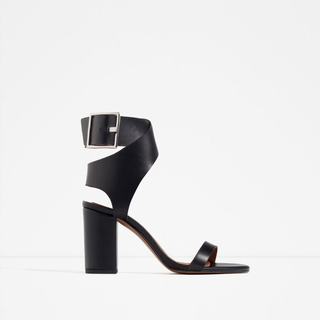 Sandalo in cuoio - Zara P/E 2016.