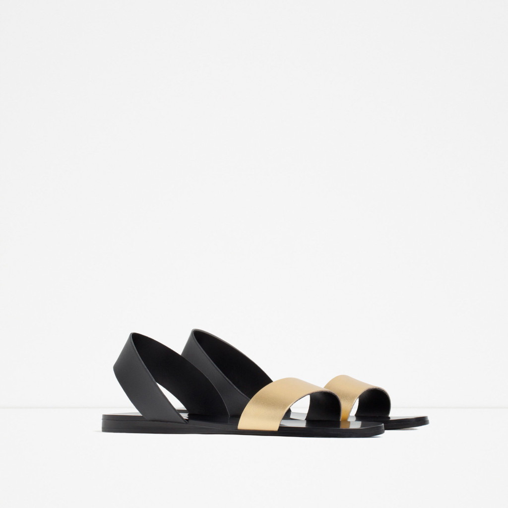Sandalo basso con dettaglio in oro - Zara P/E 2016.