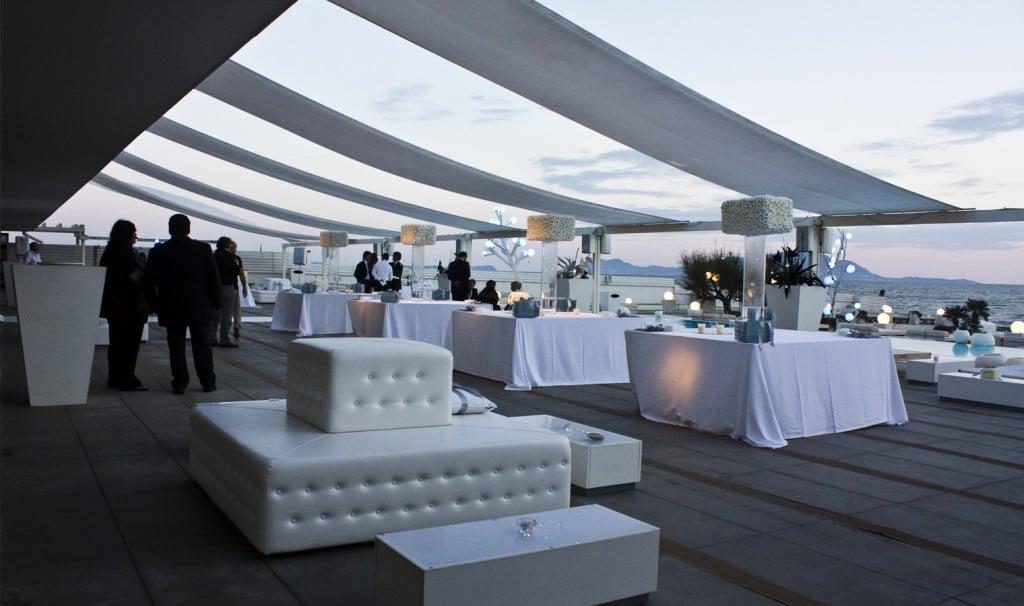 Ammot Cafè location elegante sul mare per far divertire anche i bimbi