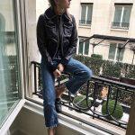 Jeans e giubbotto di pelle rock 'n' roll