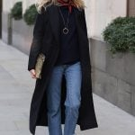 Jeans e sneakers sporty chic