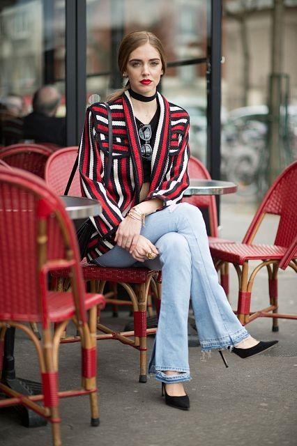 Il crop top dona ai jeans un mood sexy. Photo credits: Chiara Ferragni @chiaraferragni on Instagram