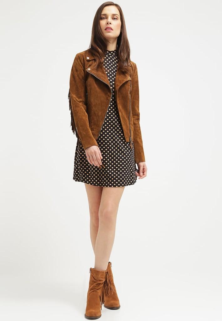 Outfit: vestitino midi con giacca di pelle cognac by Freaky Nation TWISTER (Zalando)