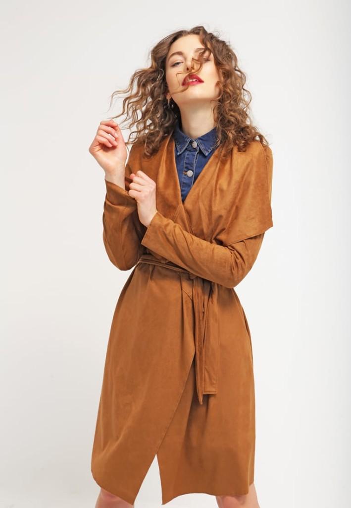 Outfit: camicia di jeans e giacca in finta pelle oak brown Vila VISEILA (Zalando)