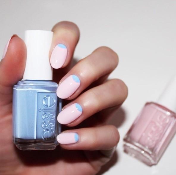 Half moon manicure di Essie