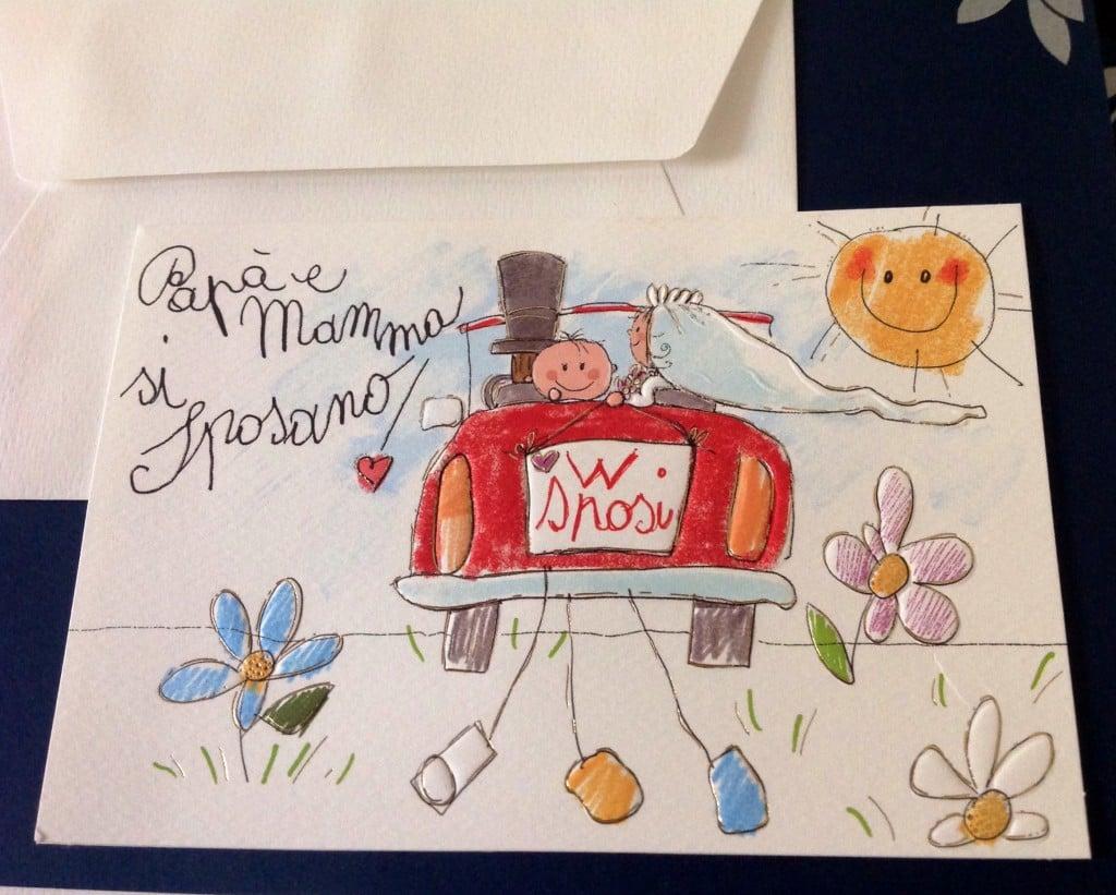Mamma e papà si sposano partecipazione matrimonio con auto