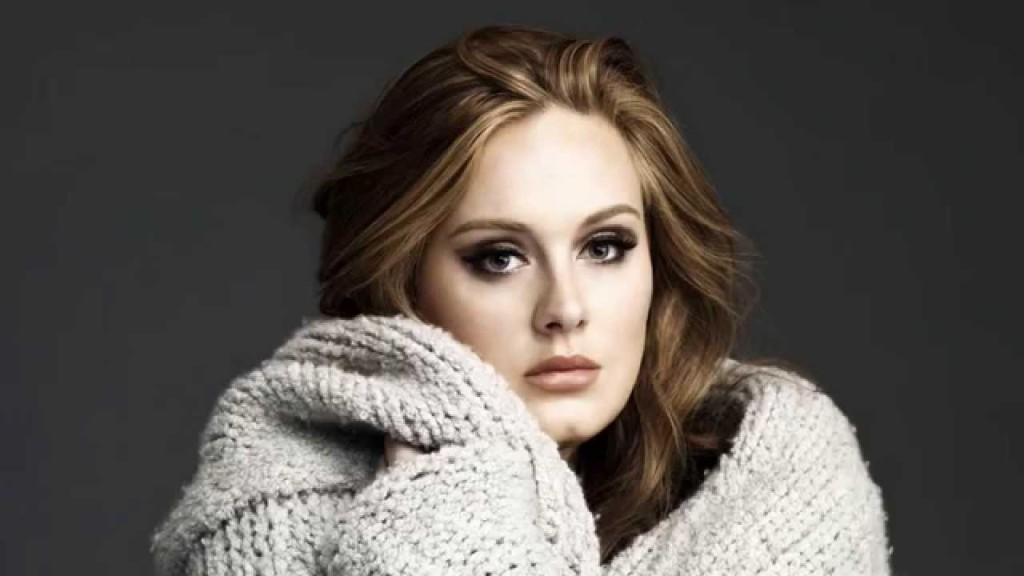 Adele come blush opta sempre per colori molto tenui, delicati. Foto di theodysseyonline.com