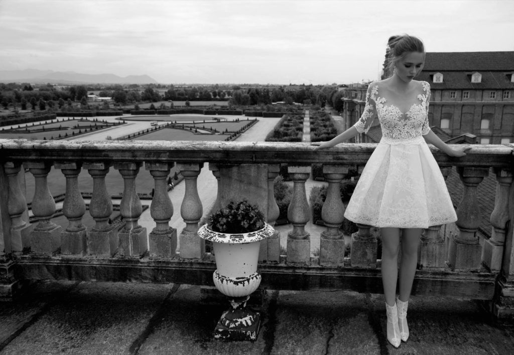 Abito da sposa corto - Collezione 2017 Alessandra Rinaudo