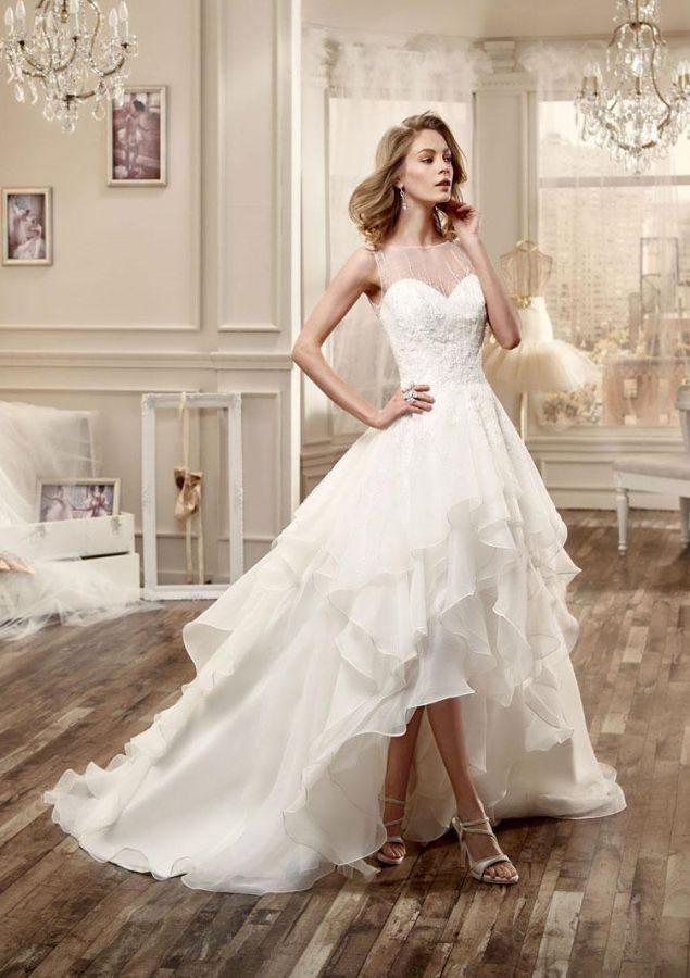 f8aa44034242 Abiti da sposa corti  le proposte più belle