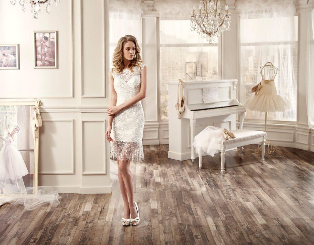 Abito da sposa corto collezione 2016 - Abito Nicole Spose modello a tubino con tulle e dettagli strass