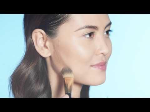 Applicazione New Dimension - Shape + Sculpt Face Kit | crediti Estée Lauder Middle East