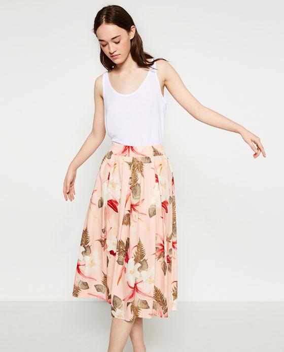 Zara gonna a ruota con stampa a fiori