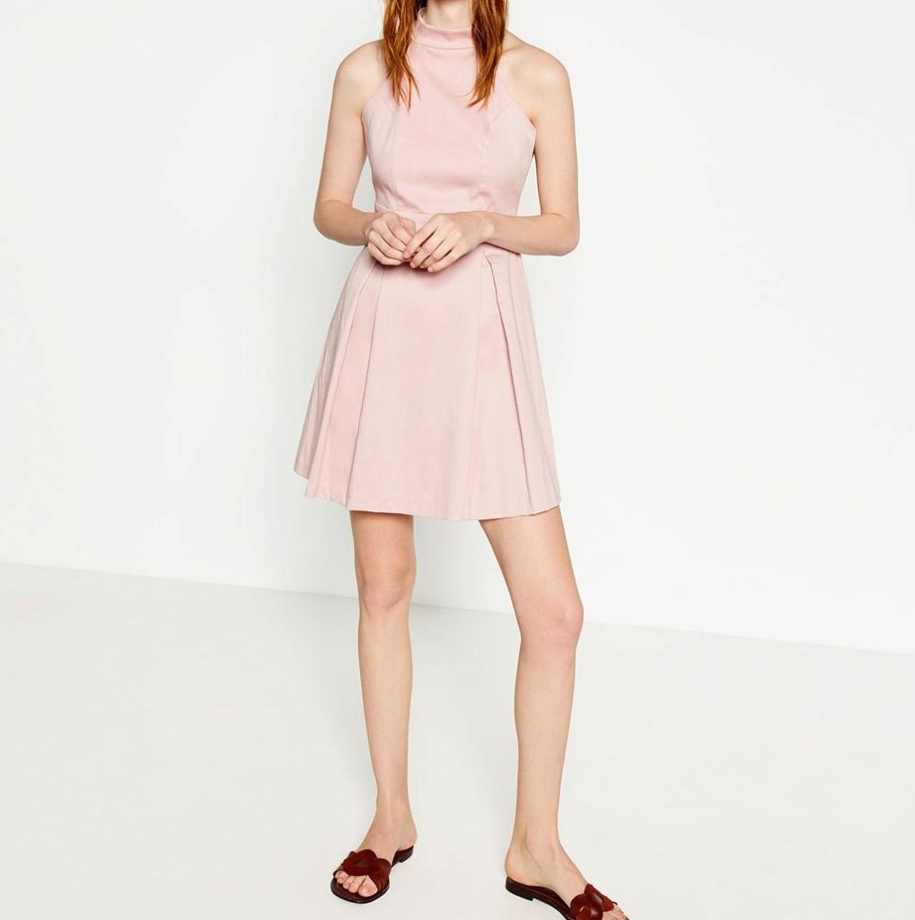 ... Zara abito midi rosa con scollo halter ... 837c4658f59