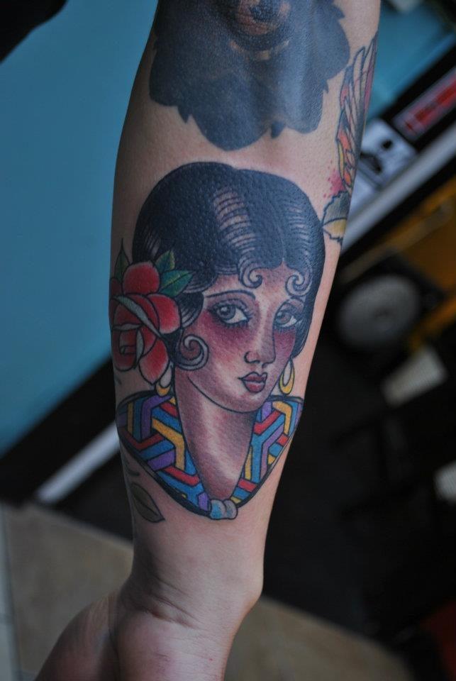 Tattoo New School – Eva Huber (foto tratta dal profilo Instagram dell'artista: www.instagram.com/eva_jean/)