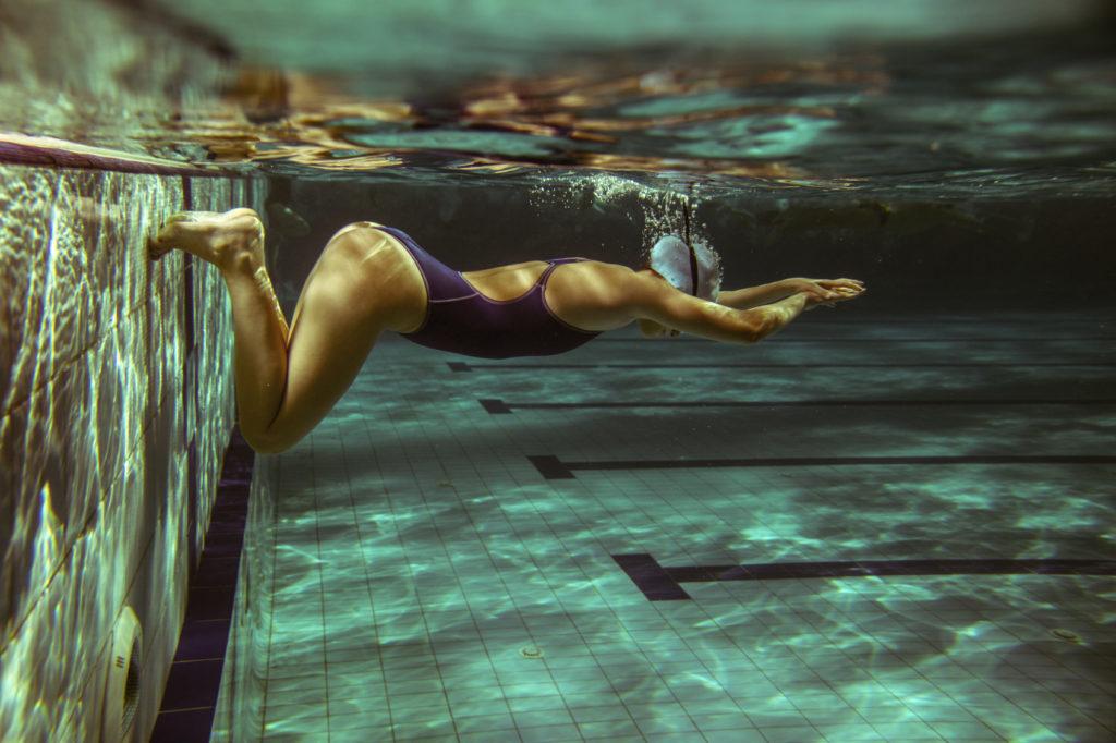 Piscina per principianti. La bellezza del nuoto.