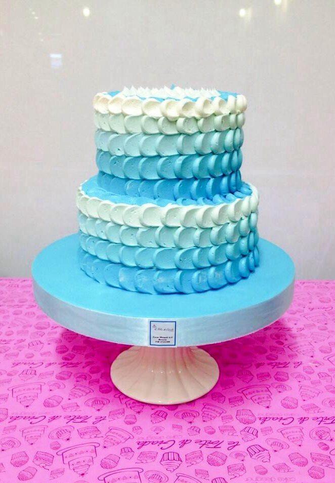 Wedding Cake pantone Serenity di Torte di giada