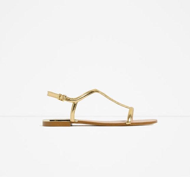 Zara sandalo flat dorato
