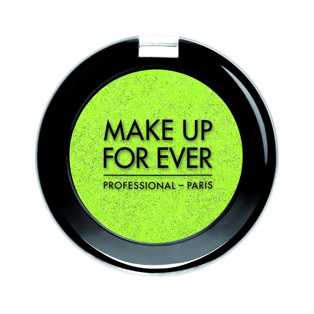 Make Up For Ever Artist Shadow Mono – colore 340 Vert Anis - 25,50€ ciascun ombretto e 18,50€ per ciascuna ricarica (in vendita negli Store Sephora)