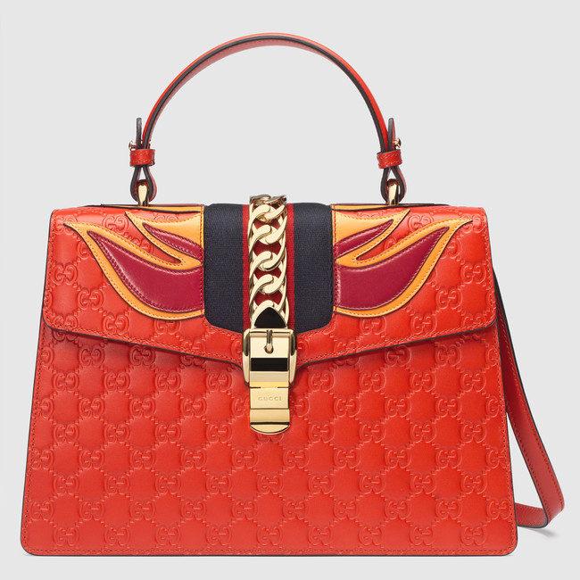Gucci, borsa Sylvie in pelle Gucci Signature