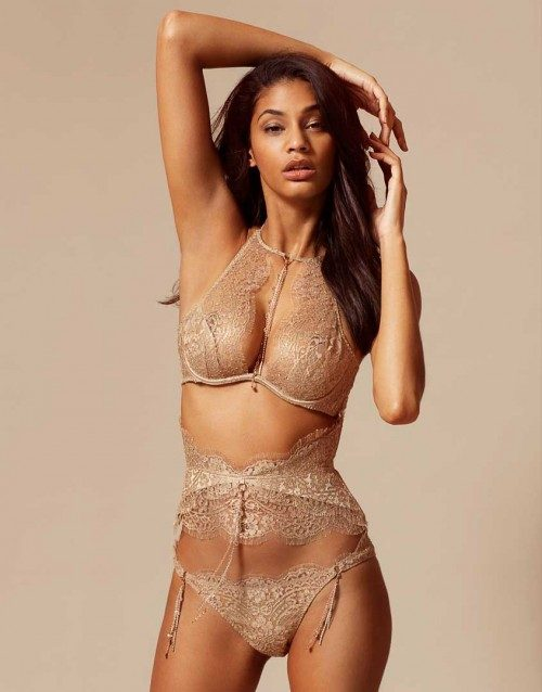 Completo in pizzo Lace Lingerie by Agent Provocateur.