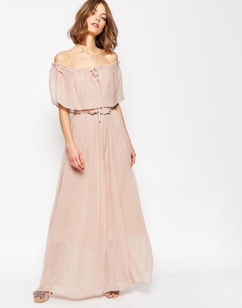 Vestito lungo dallo stile romantico by Asos.