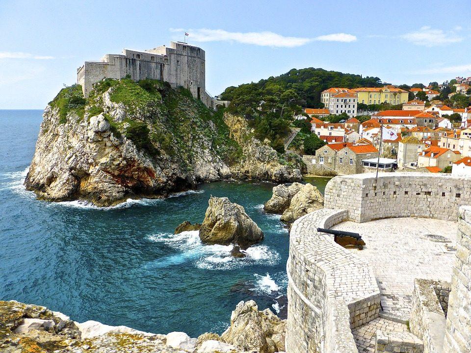 La Croazia si affaccia sull'Adriatico e presenta delle spiagge ed un mare incredibili