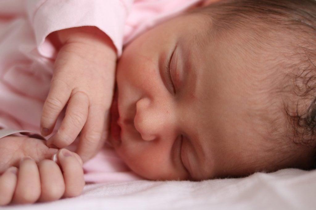 esempi di frasi d'auguri per un neonato