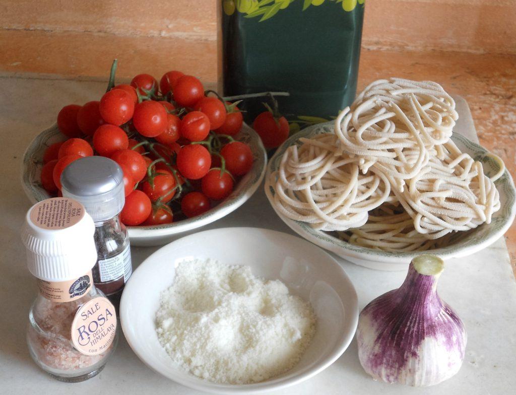 pici toscani con ciliegini gratinati cacio e pepe 1