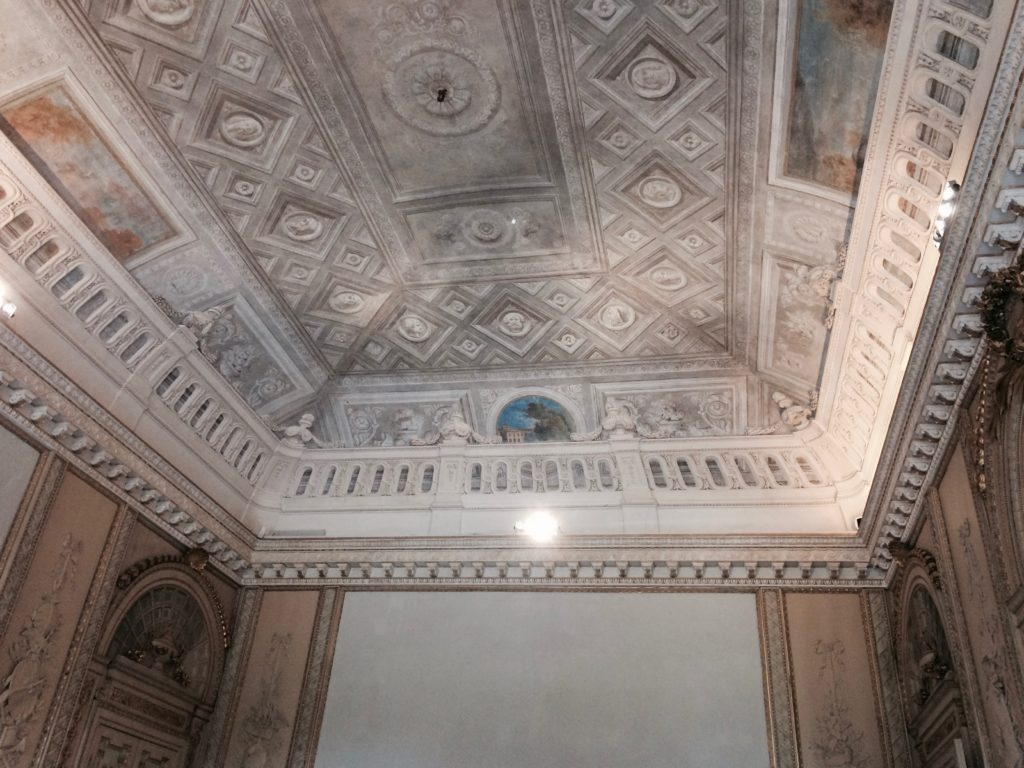 Dettaglio soffitto della Villa.