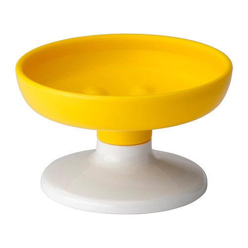 Portasapone Losjon di Ikea 3,99 euro. Disponibile in tre diversi colori.