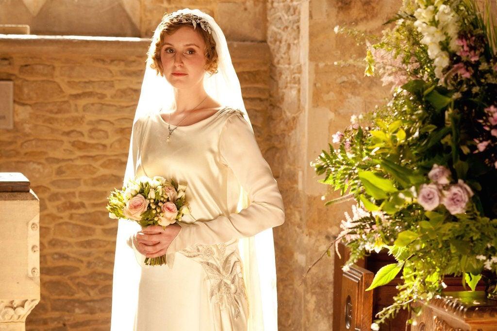 Lo stile dell'abito sposa di Lady Edith Crawley personaggio della nota serie Tv Downton Abbey è perfetto per il Matrimonio Celtico.